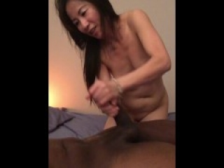 Asian Lady gives Happy Ending